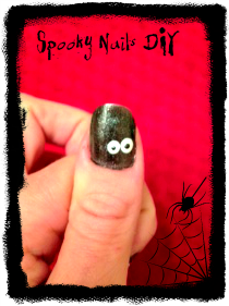 """Spooky Eye"" Nails DIY"