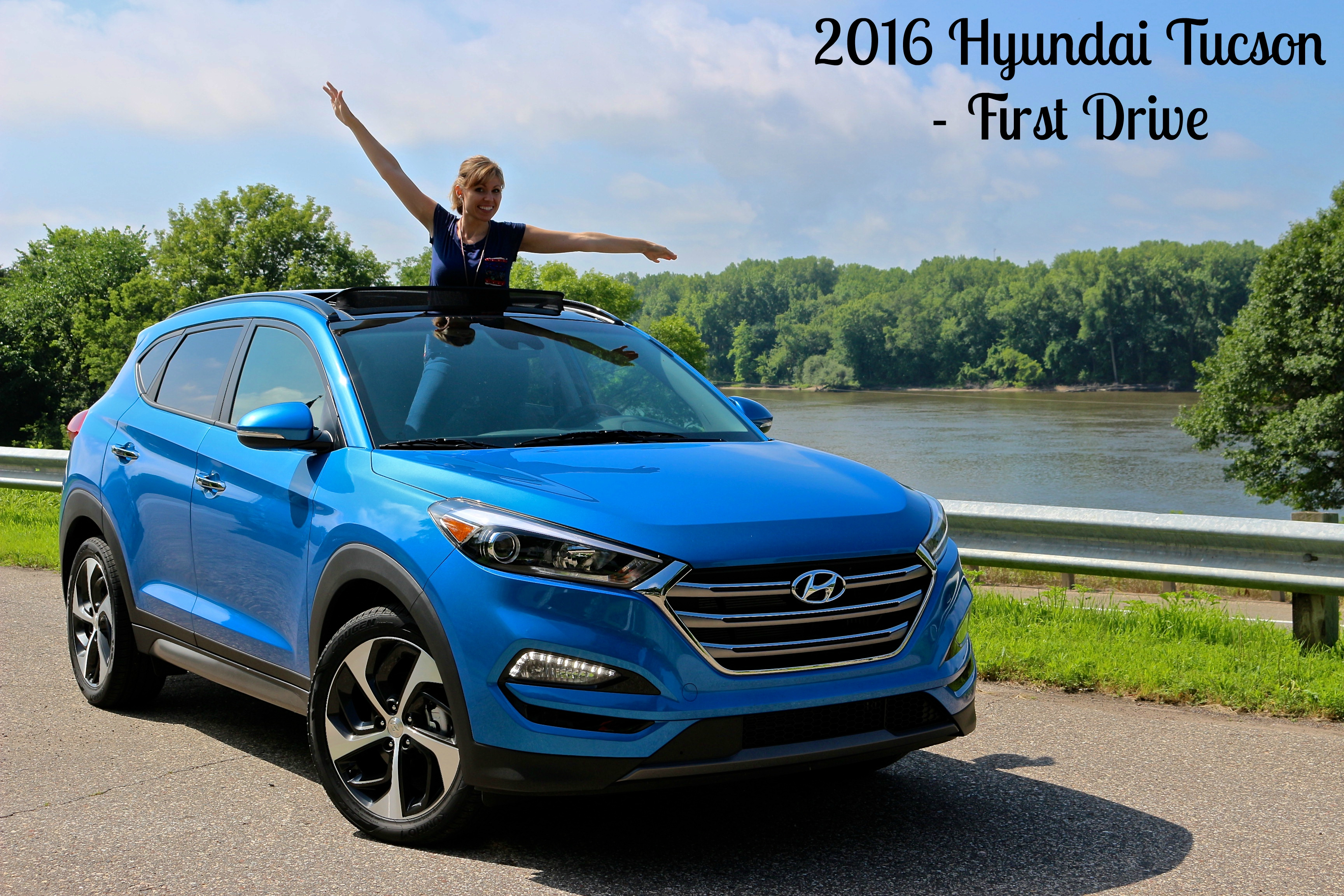 2016 hyundai tucson exterior caribbean blue life is poppin 39. Black Bedroom Furniture Sets. Home Design Ideas