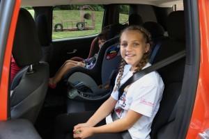 jeep-renegade-backseat