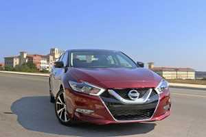 2016 Nissan Maxima Review: Neiman Marcus Luxury at Target Prices