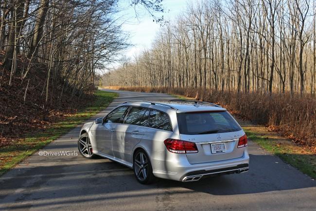 2015-e63-amg-wagon-rear