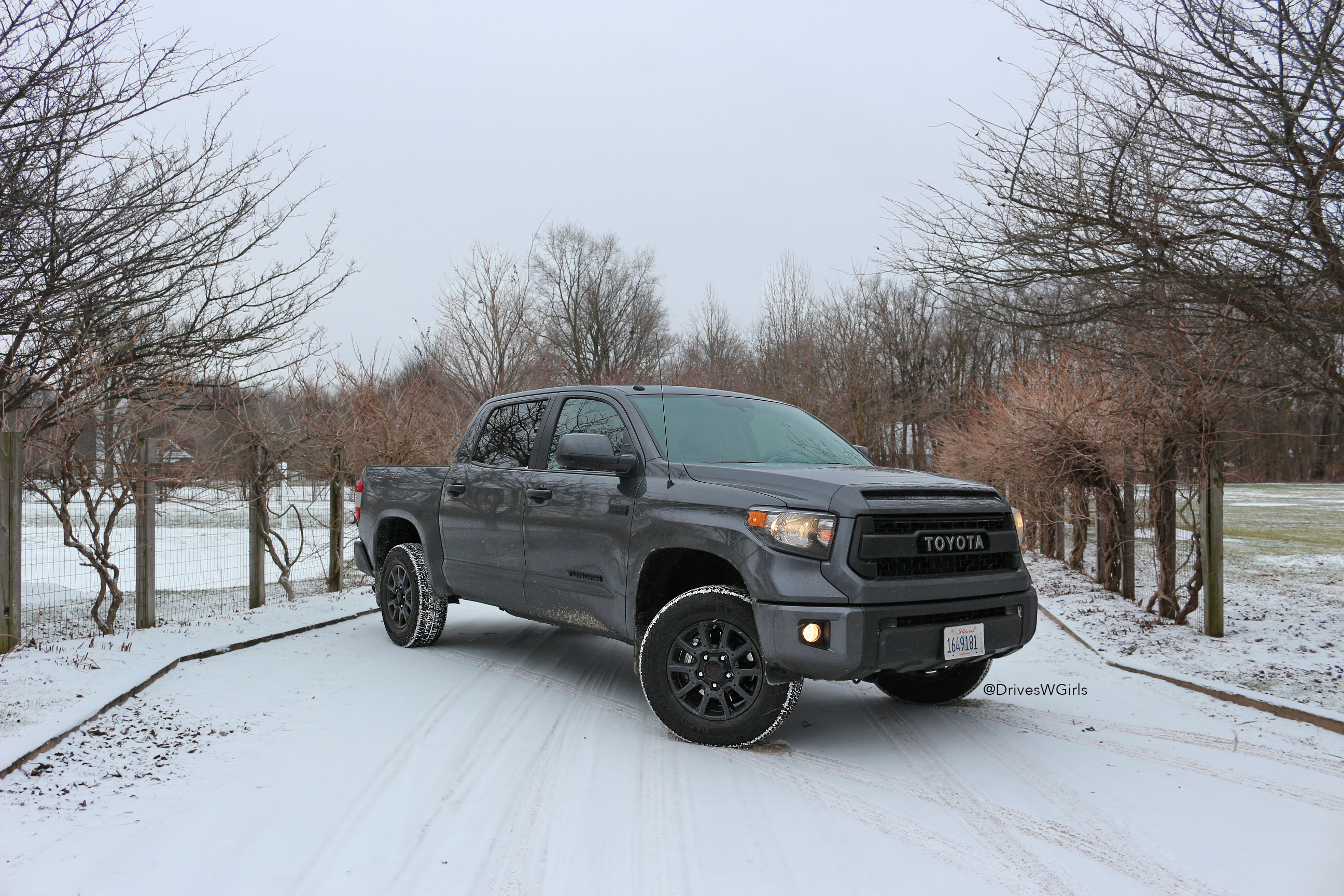2016 toyota tundra trd pro review cool dads only life is poppin 39. Black Bedroom Furniture Sets. Home Design Ideas
