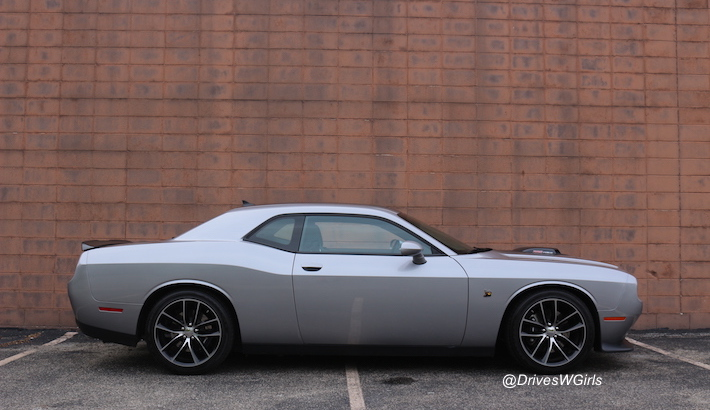 2016 dodge challenger scat pack shaker review uconnect features 12 life is poppin 39. Black Bedroom Furniture Sets. Home Design Ideas