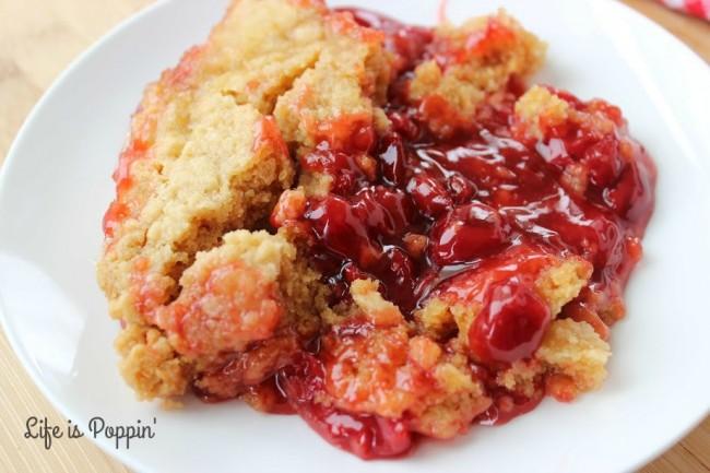 Slow-cooker-cherry-dump-cake-recipe-easy-crockpot-best