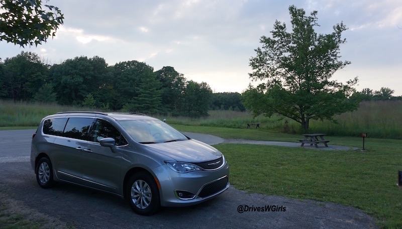 2017 chrysler pacifica review 3 life is poppin 39. Cars Review. Best American Auto & Cars Review