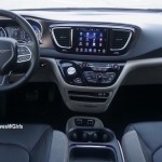 2017-chrysler-pacifica-review-9