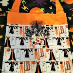 Easy DIY Halloween Trick-or-Treat Bags!