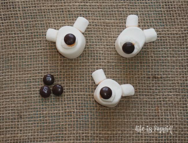 hot-cocoa-polar-bears-nose