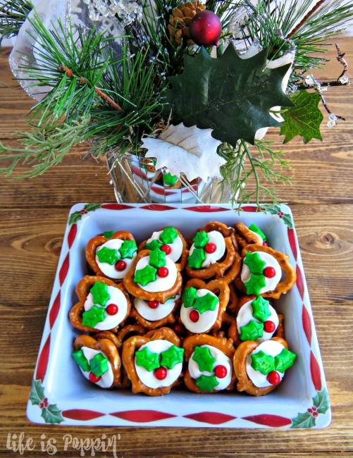 easy-holly-pretzel-bites-decorations-bowl
