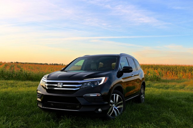 What Does Cuv Stand For >> 2016 Honda Pilot AWD Elite - Life is Poppin'